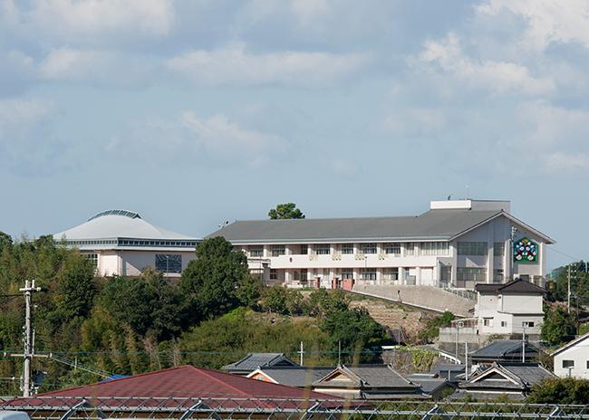 岩代小学校