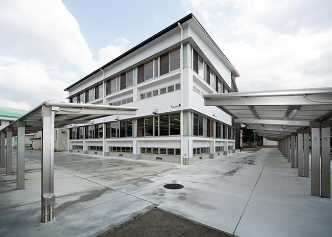 海南高等学校武道場