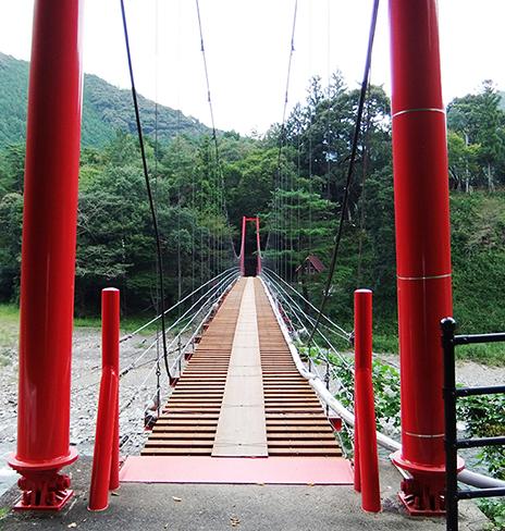 大塔青少年旅行村吊橋