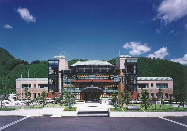 龍神村庁舎(現田辺市役所龍神行政局)
