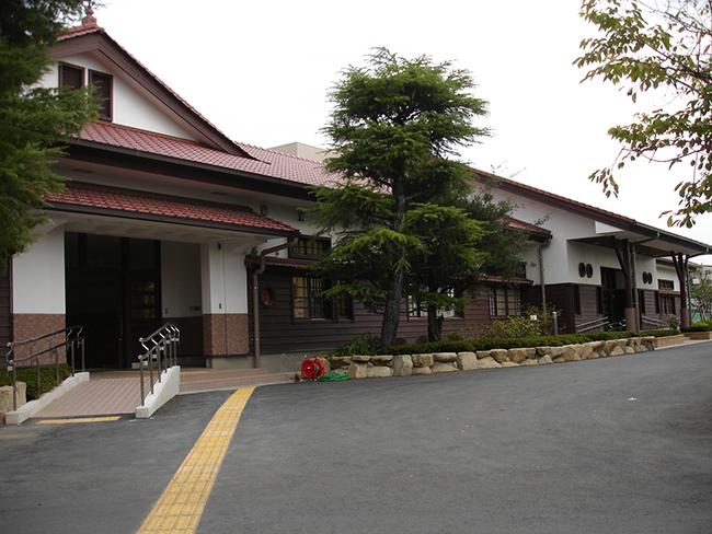 東陽中学校